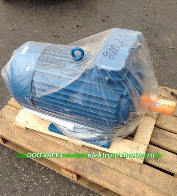 Электродвигатель АИР200М2